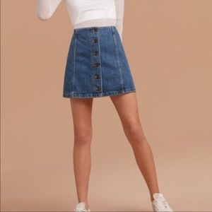 Wilfred Skirts - Wilfred Free Ahrens Button Front Denim Mini Skirt